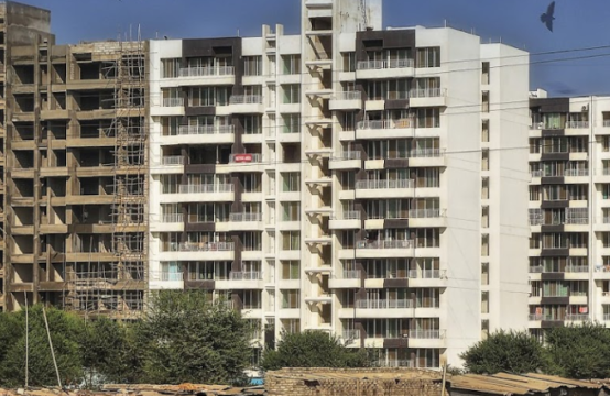 WoodsVille – Pharande Spaces – 2,2.5,3 BHK Flats in Moshi